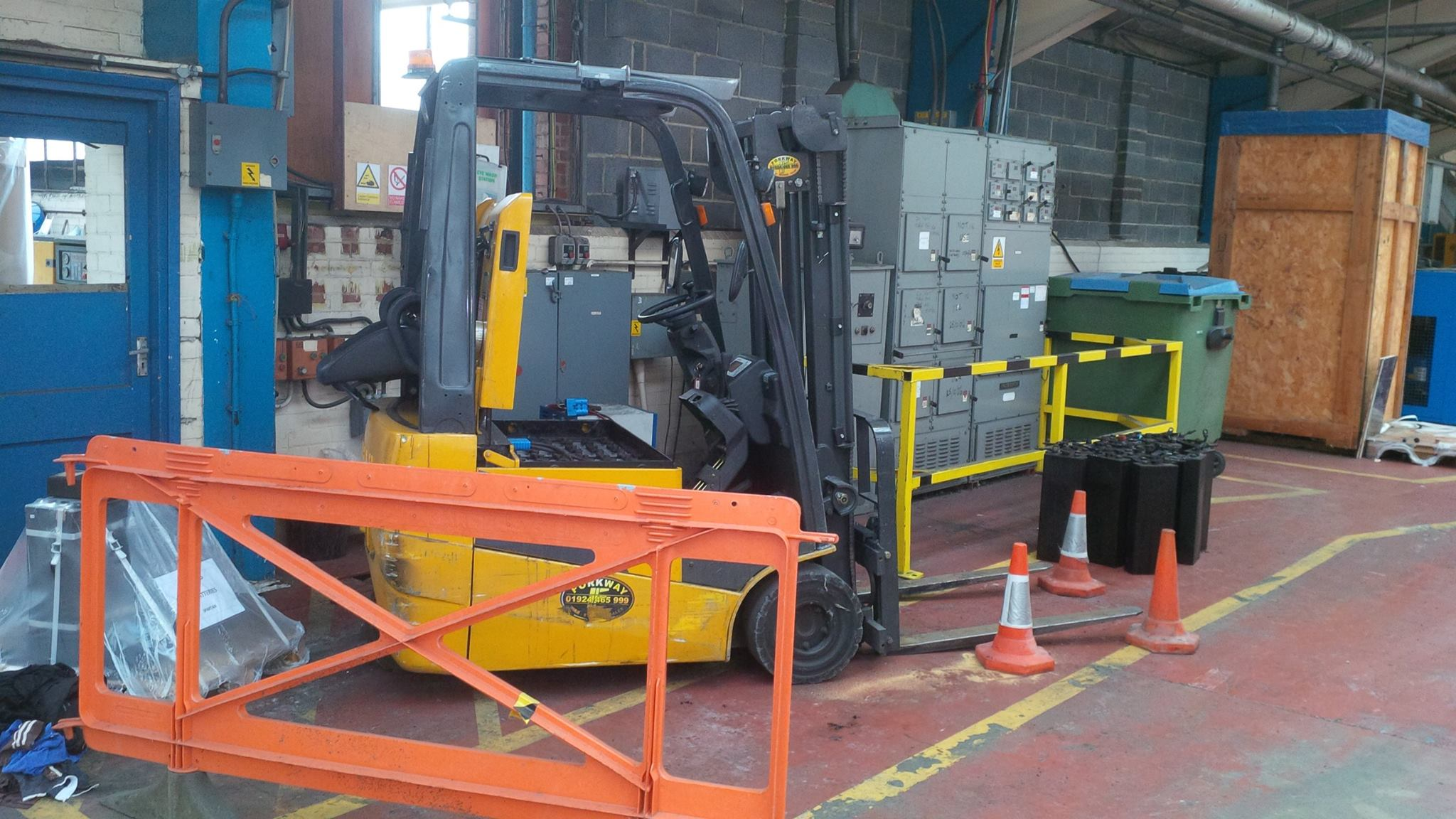 Forklift Battery Chargers Servicing Maintenance Pb